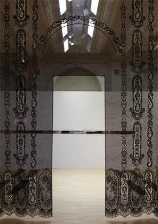 Foreground: Lacing Space (detail), Piper Shepard, 2011. Photo: Birmingham Museums & Art Gallery